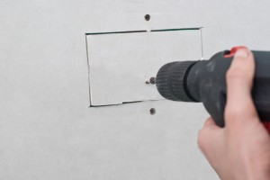 Fixing drywall holes